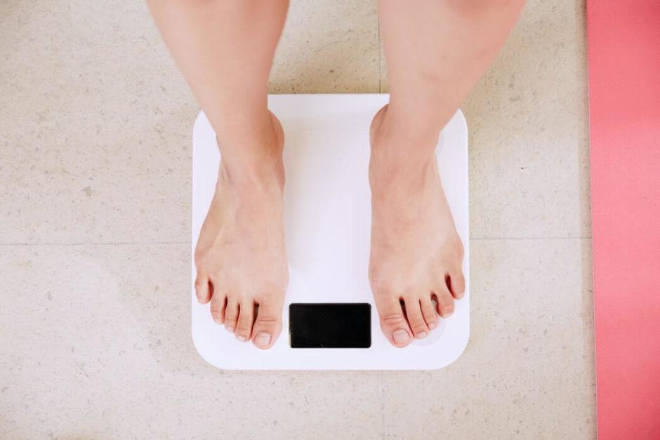 飲食バイトの消費カロリーは?